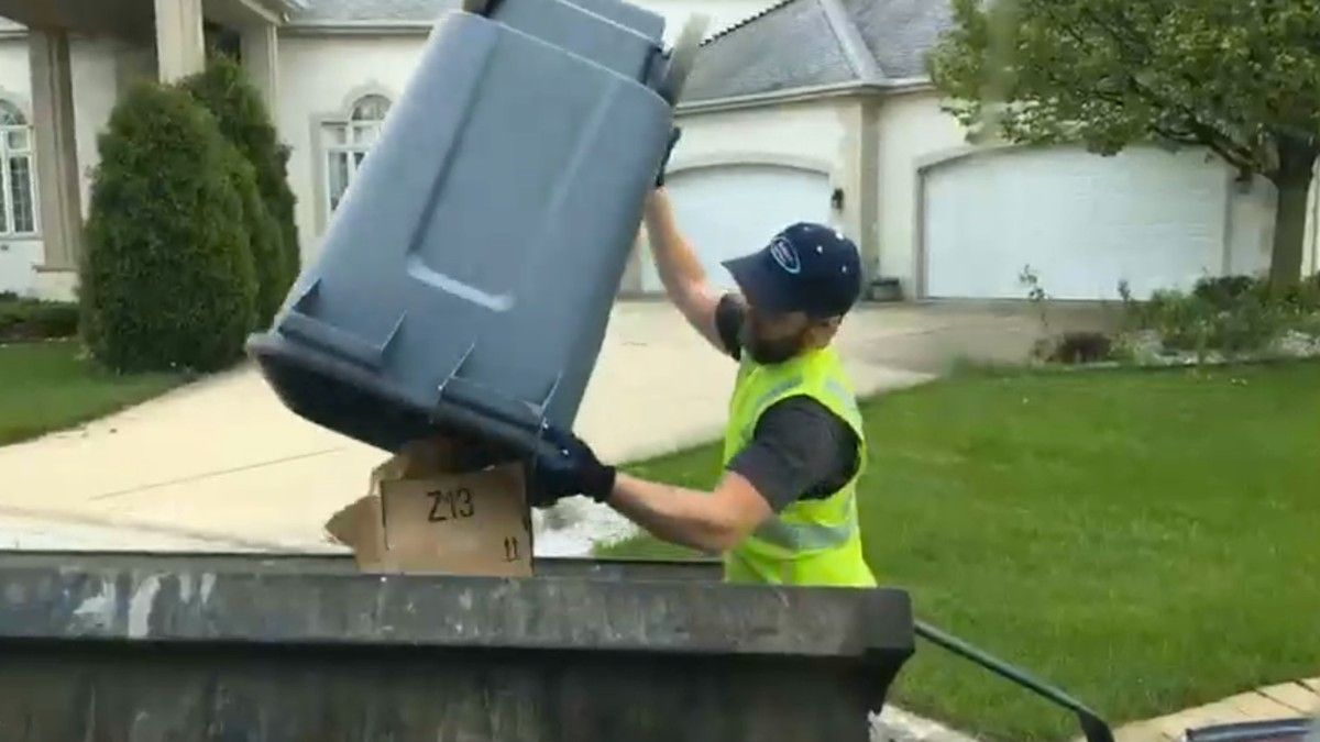 Finally, a Twitch Streamer Who's Really Taking Out the Trash