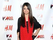 Meztelen Selena Gomez k�pek! | Selena Gomez | H�rek | VIVA