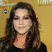Gretchen Wilson To Put On Holiday Benefit Concert For Daughter's