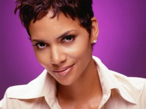 fake halle berry nude pictures