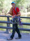 Alex Honnold idzie spacerkiem pomi?dzy Half Dome a El Capitan i bije