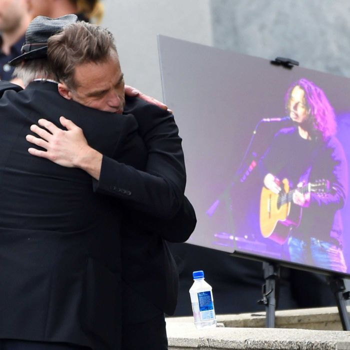 Rock legends turn out to remember Chris Cornell