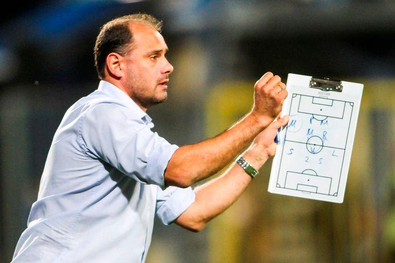 UEFA PRO: Τιμήθηκε στη Ρόδο ο Στάικος Βεργέτης (photos)