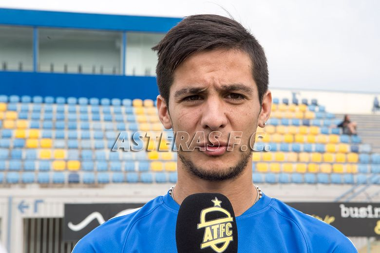 Facundo Bertoglio bienvenido a ASTERAS! (video+photos)