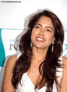 Sameera Reddy - Behindwoods com - Tamil Movie Photo Feature - Asal