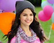 selena marie gomez 1280 x 1024 download close  Free X In Selena Gomaz