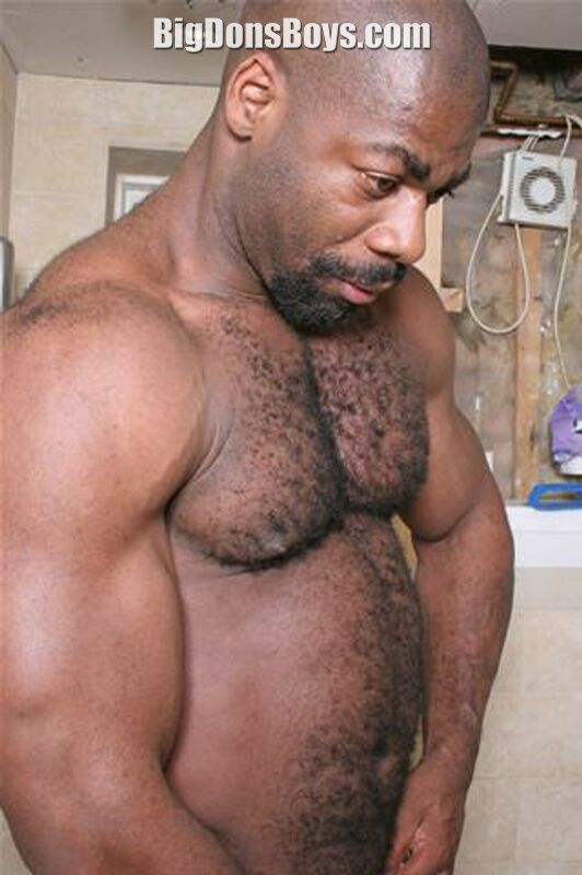 Gay Hairy Bodybuilder