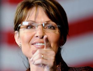 Sarah Palin asks for photos of troops with 'banned pro-America books