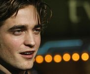 "Robert Pattinson sheds ""Twilight"" image in film"