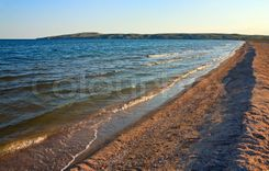 Stock image of 'Summer sea sandy coastline Azov Sea, Crimea, Ukraine'