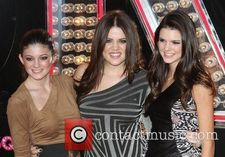 Picture  Kylie Jenner and Khloe Kardashian at Grauman's Chinese