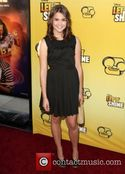Free Download Maia Mitchell Nude HD Wallpaper
