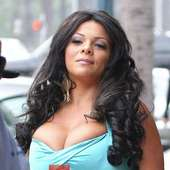 Sheyla Hershey The Guinness World Record Holder For The Largest Breast