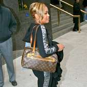 Tionne Watkins Aka T-boz From Tlc Leaving Her Manhattan Hotel New York