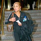 Tionne Watkins Aka T-boz From Tlc Leaving Her Manhattan Hotel New York 37