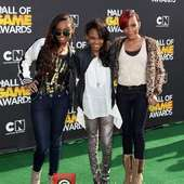 Actresses-sierra-aylina-mcclain-china-anne-mcclain_3738417.jpg