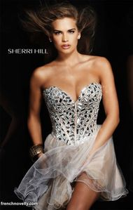 french novelty : Salena Gomez in Sherri Hill Beaded Corset Short Prom