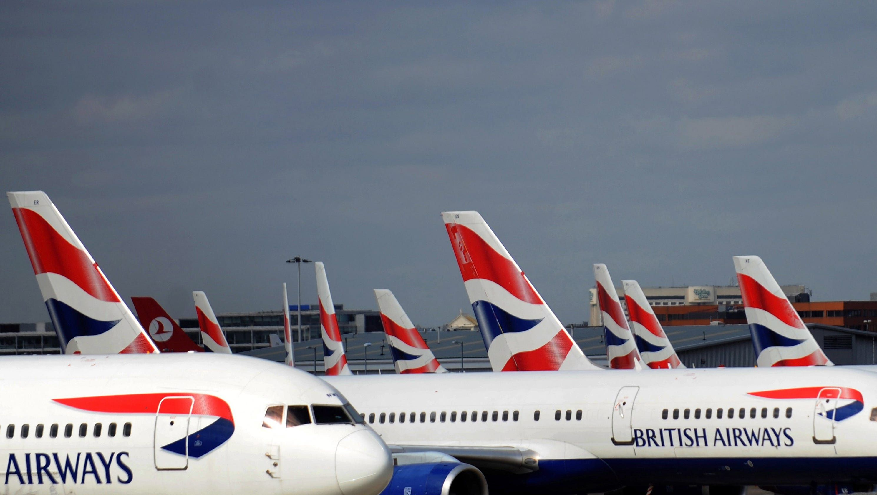 3 airliners last year nearly missed colliding with drones near Heathrow