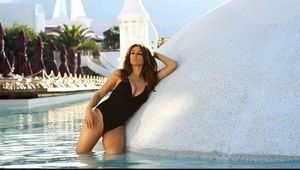 Elizabeth Hurley 2013 Beach Summer Collection-19 - GotCeleb