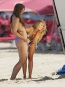 KIMBERLEY GARNER, AT BIKINI PHOTOSHOOT CANDIDS (BARBADOS, 2013)!!!!! :