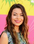 Miranda Cosgrove � 2013 Kids Choice Awards 01  Full Size