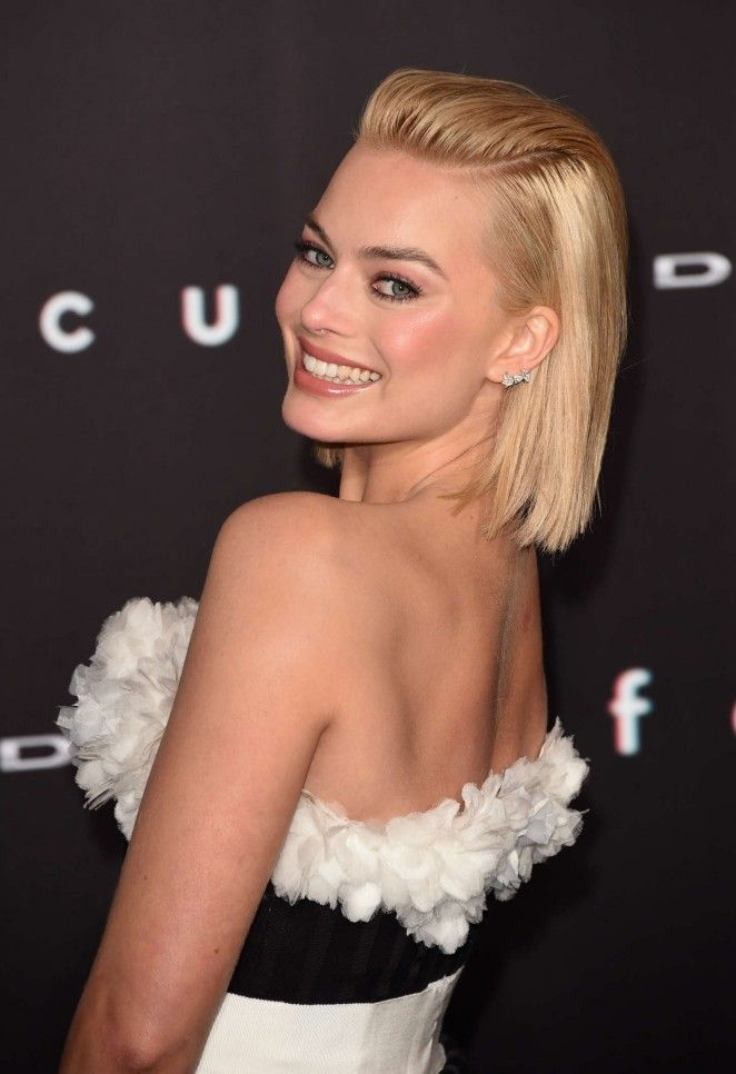 Margot Robbie At Focus Premiere In Los Angeles