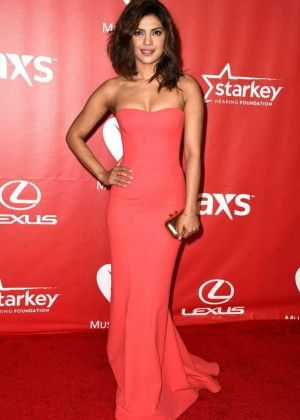 Priyanka Chopra At 2015 Musicares Person Of The Year Gala Honoring Bob Dylan