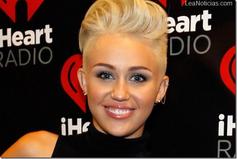 Miley Cyrus podr�a debutar pronto en el cine XXX  6 noviembre, 2012