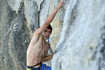 Alex Honnold setting the new speed record up The Nose (Yosemite), Paul