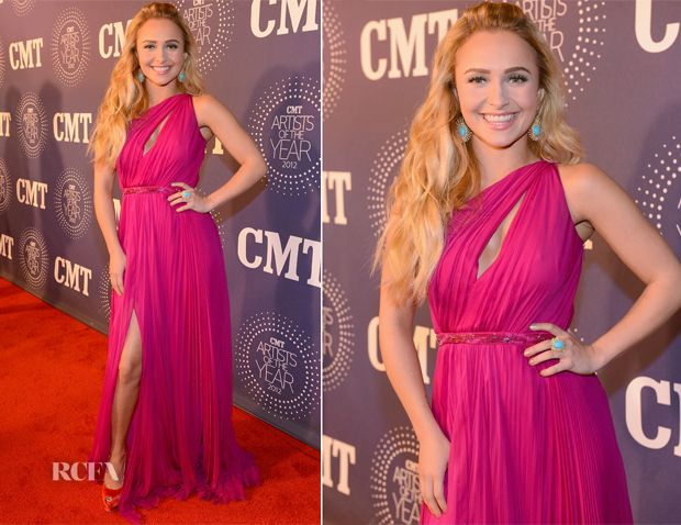 Hayden Panettiere At Cmt Artists Of The Year 2012 In Tennessee