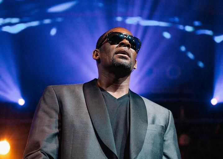 Is R. Kelly Finally Having His Bill Cosby Moment?