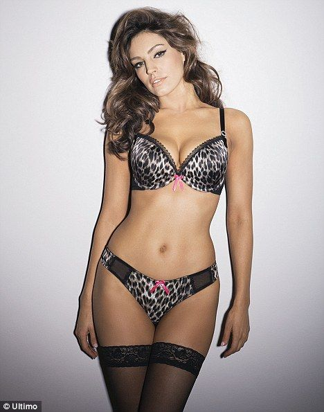 Kelly Brook Leaked Pics Gallery