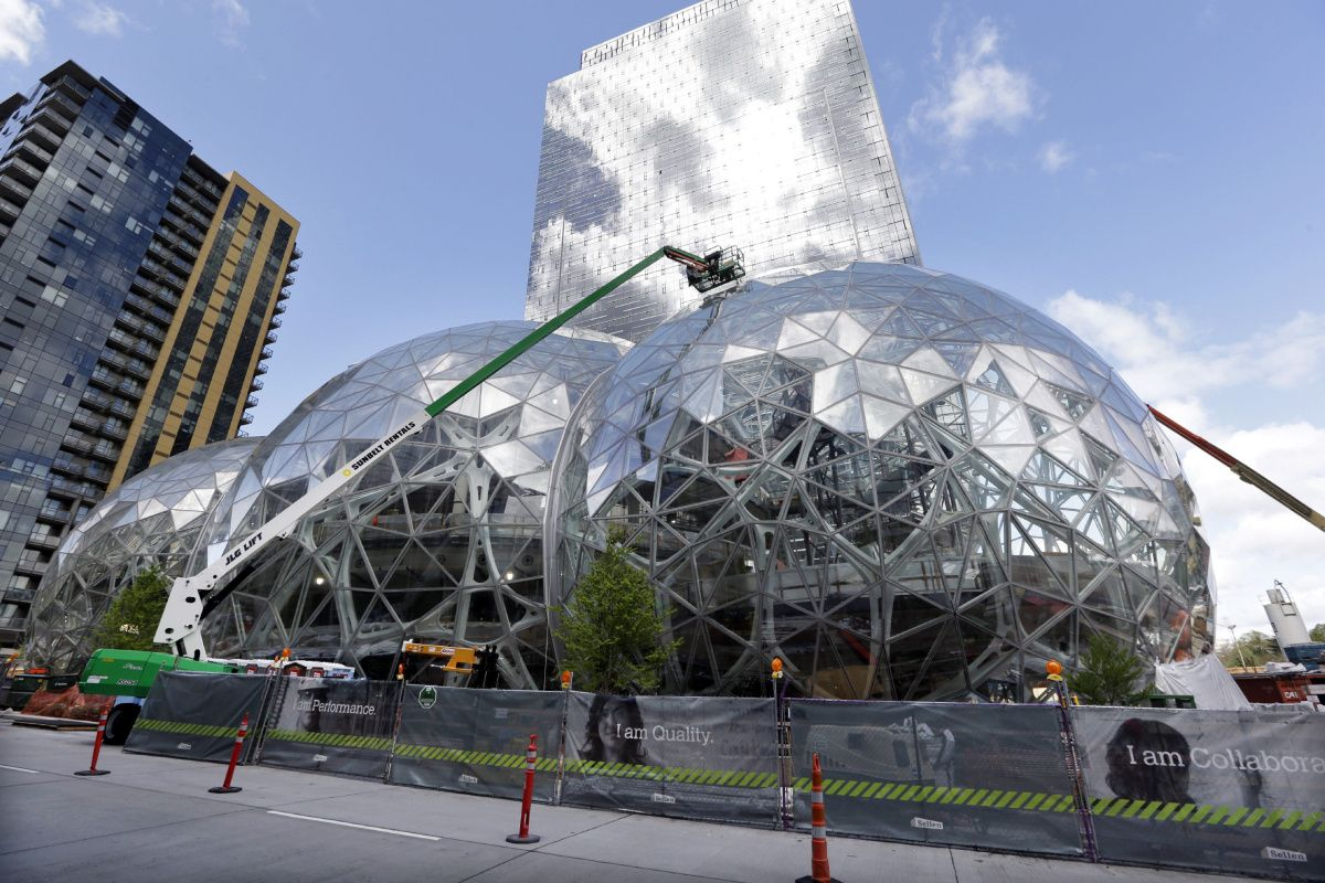 Why Toronto may not be the best place for Amazon's new HQ: Wells