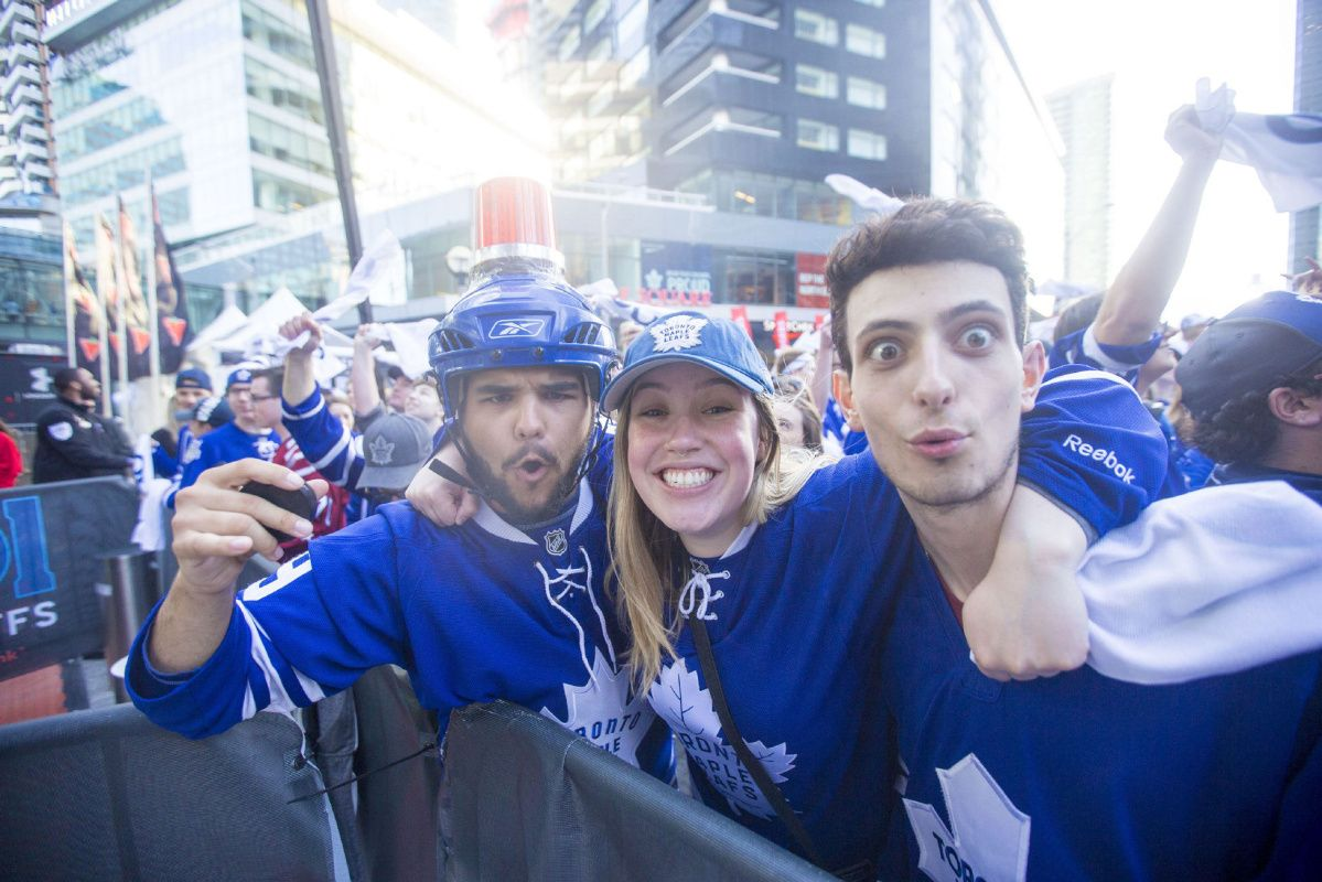 LIVE: Leafs and Capitals head to overtime in Game 6
