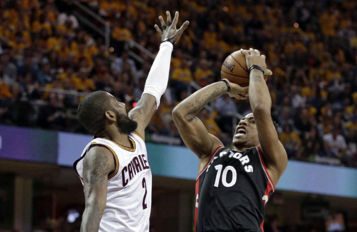 LIVE: Raptors trail Cavs at the half in Game 1