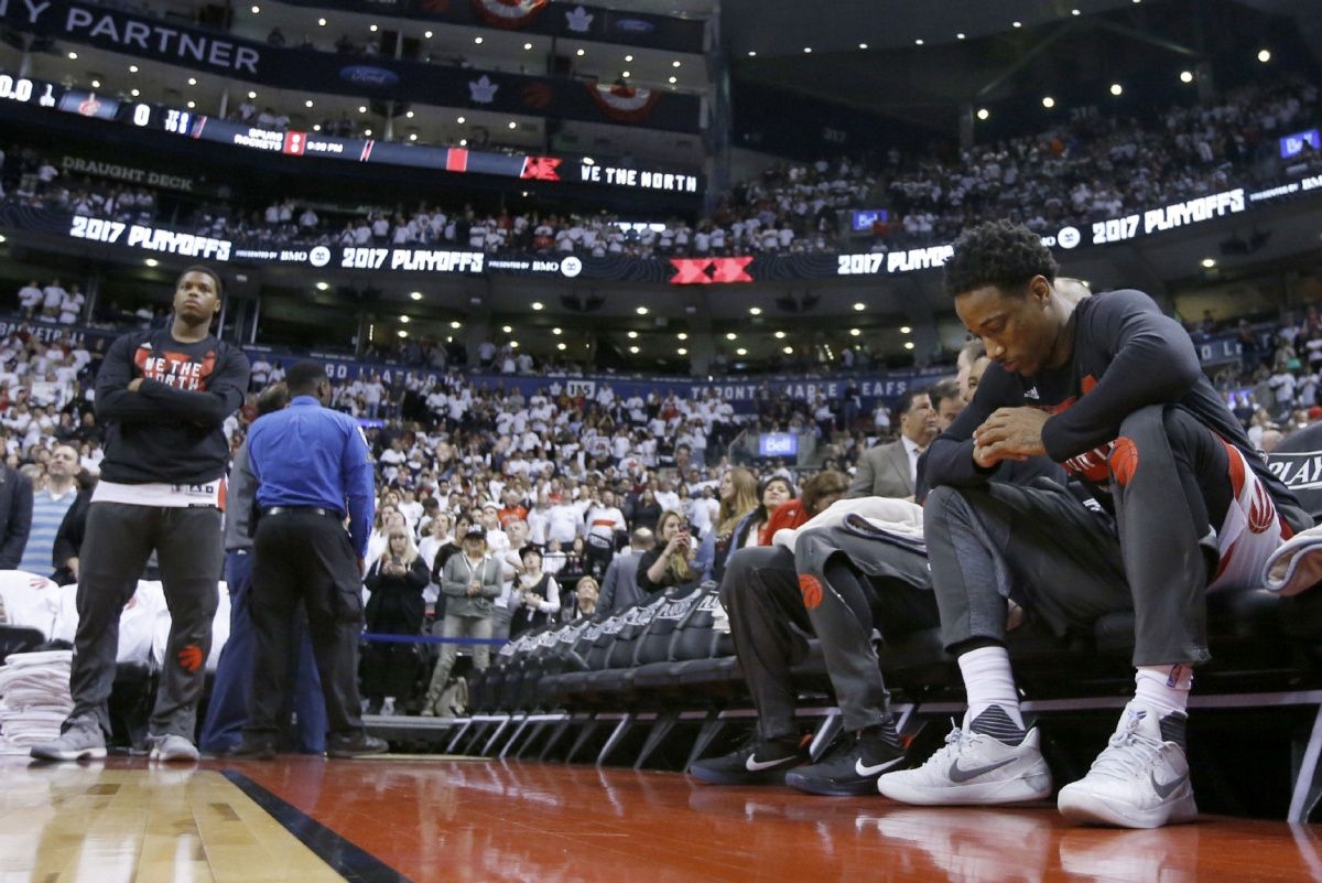Raptors guard Kyle Lowry expects to sit out Game 4