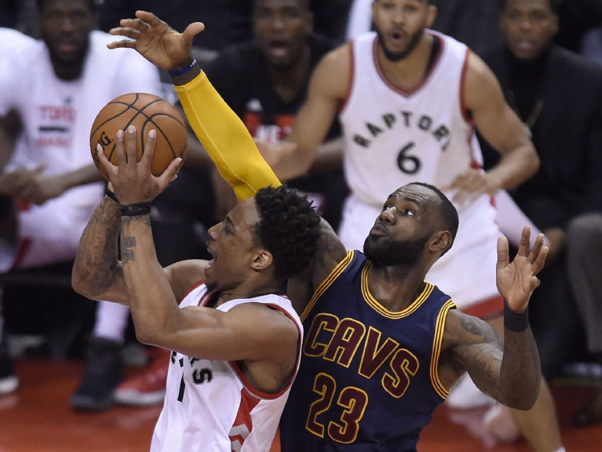 Raptors close in on Cavs — it's 99-95 in fourth quarter of Game 4