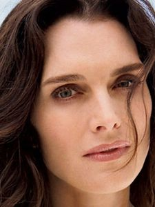 10-year-old Brooke Shields'' nude photo raises stink