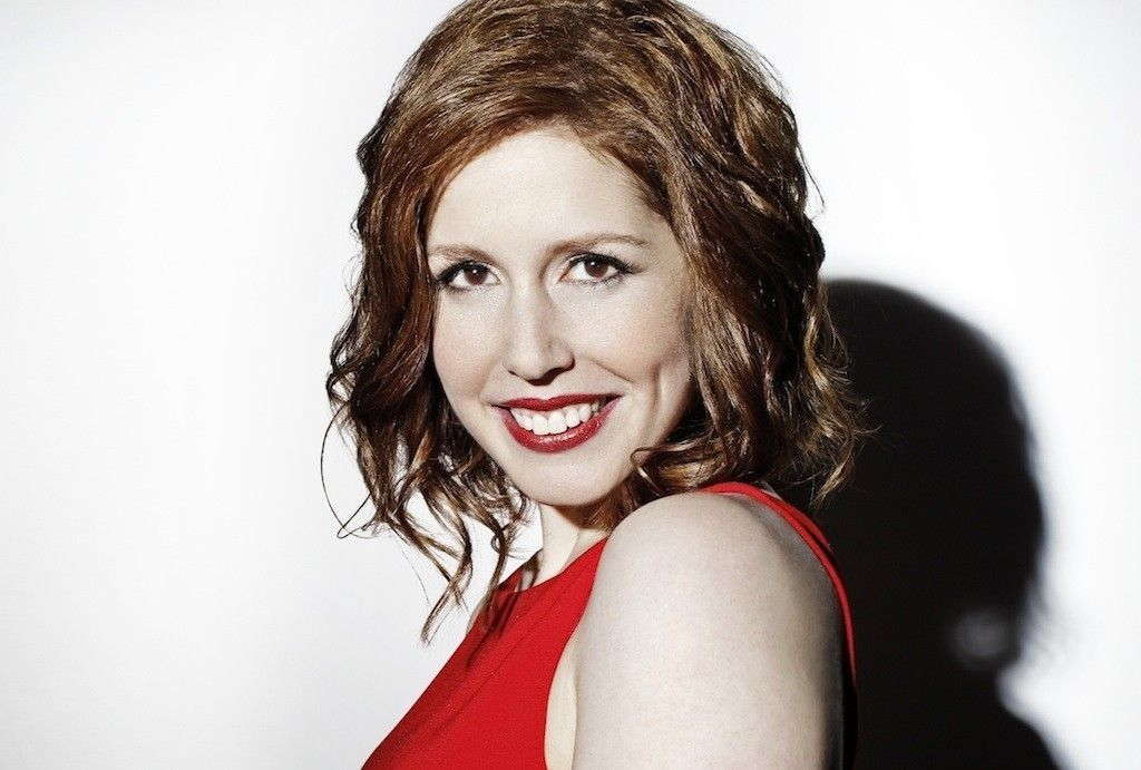 Vanessa Bayer joins Bobby Moynihan in 'SNL' exodus