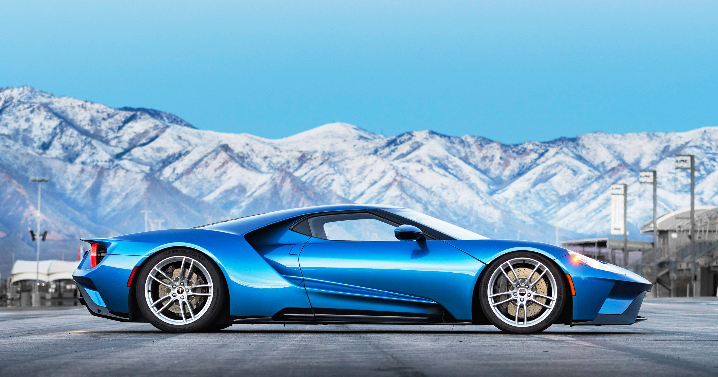 Review: 2017 Ford GT - WIRED