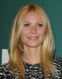 More Pics of Gwyneth Paltrow Nude Lipstick (7 of 21) - Gwyneth Paltrow