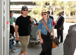 Kate Walsh and Neil Andrea Photos - Kate Walsh and Neil Andrea at LAX