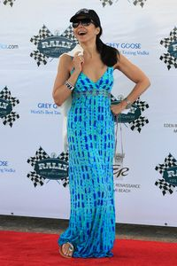 "Maria Conchita Alonso Photos - Eva Longoria at the ""The Rally for Kids"