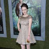 Rachel Brosnahan Actress Rachel Brosnahan Attends The Premiere Of 17