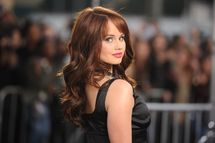 Debby Ryan Actress Debby Ryan arrives at the premiere of Paramount