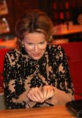 photo queen mathilde queen mathilde of belgium attends the fashion