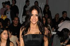 images of Jackie Guerrido Venexiana Front Row Fall 2010 Mbfw