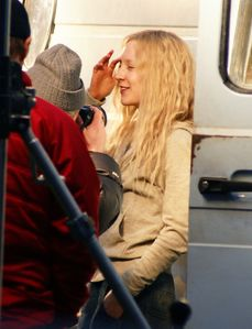 Saoirse Ronan Photos - Saoirse Ronan On Set Of 'Hanna' - Zimbio