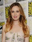 anne dudek actress anne dudek speaks at covert affairs panel during