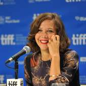 Maggie Gyllenhaal Actress Maggie Gyllenhaal Speaks At